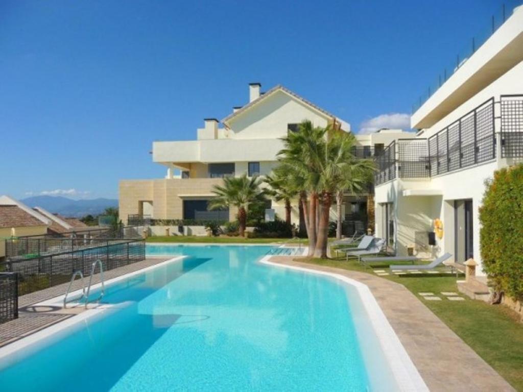Apartment in Altos De Los Monteros...