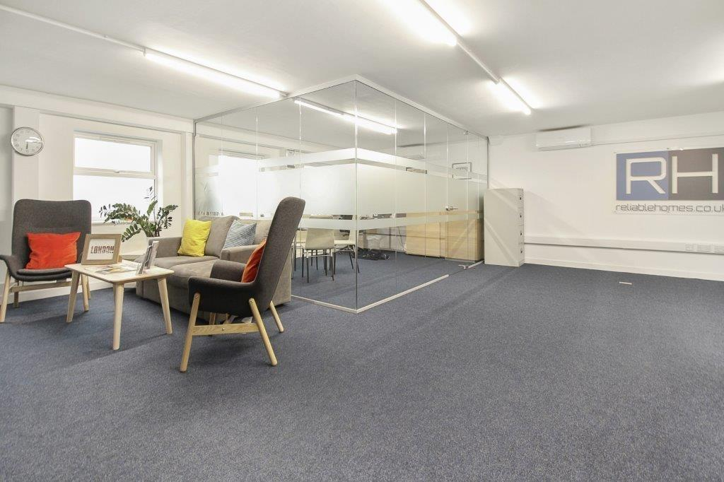 property for sale in High Road, London, N12