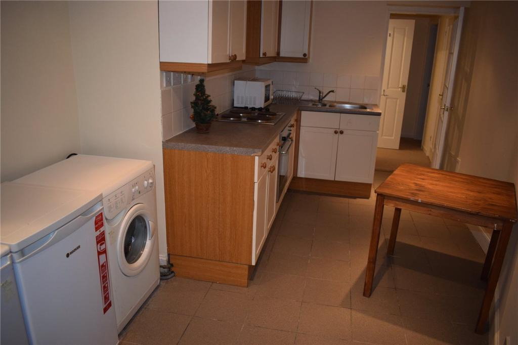 2 bedroom apartment for rent in Causewayside, Newington ...