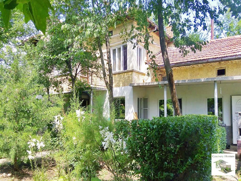 5 bedroom home in Polski Senovets...