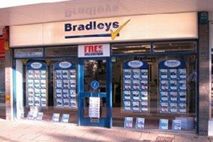 Bradleys Property Rentals, Plymstockbranch details
