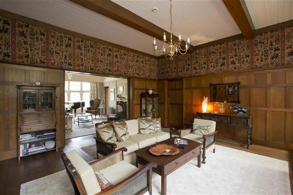 8 Bedroom Detached House For Sale In Maplehurst