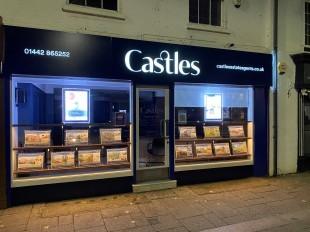 Castles, Berkhamstedbranch details