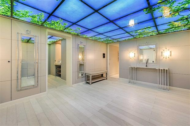 3 bedroom flat for sale in The Knightsbridge Apartments ...
