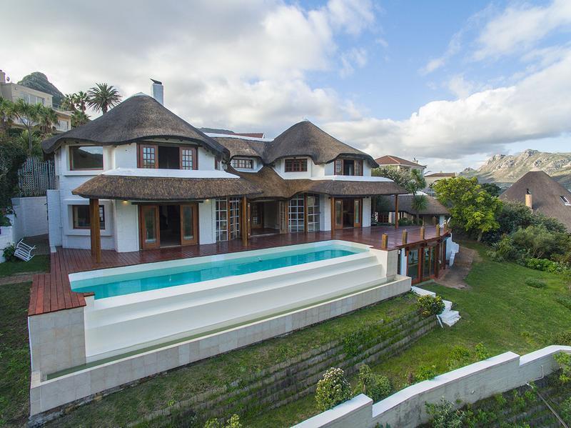 Villa in Hout Bay, Western Cape
