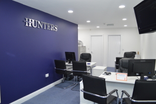 Hunters, Oldhambranch details