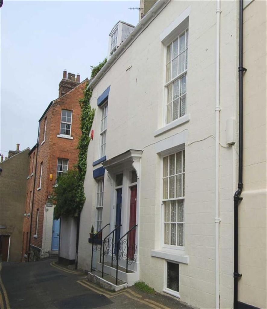 3 Bedroom Terraced House For Sale In Tut Hill, Scarborough