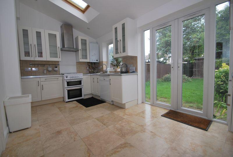 terrace house kitchen design ideas home design. Black Bedroom Furniture Sets. Home Design Ideas