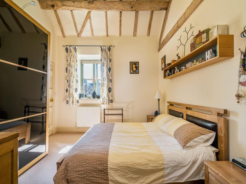 4 bedroom cottage for sale in the mill bourton much - How much to move a 4 bedroom house ...