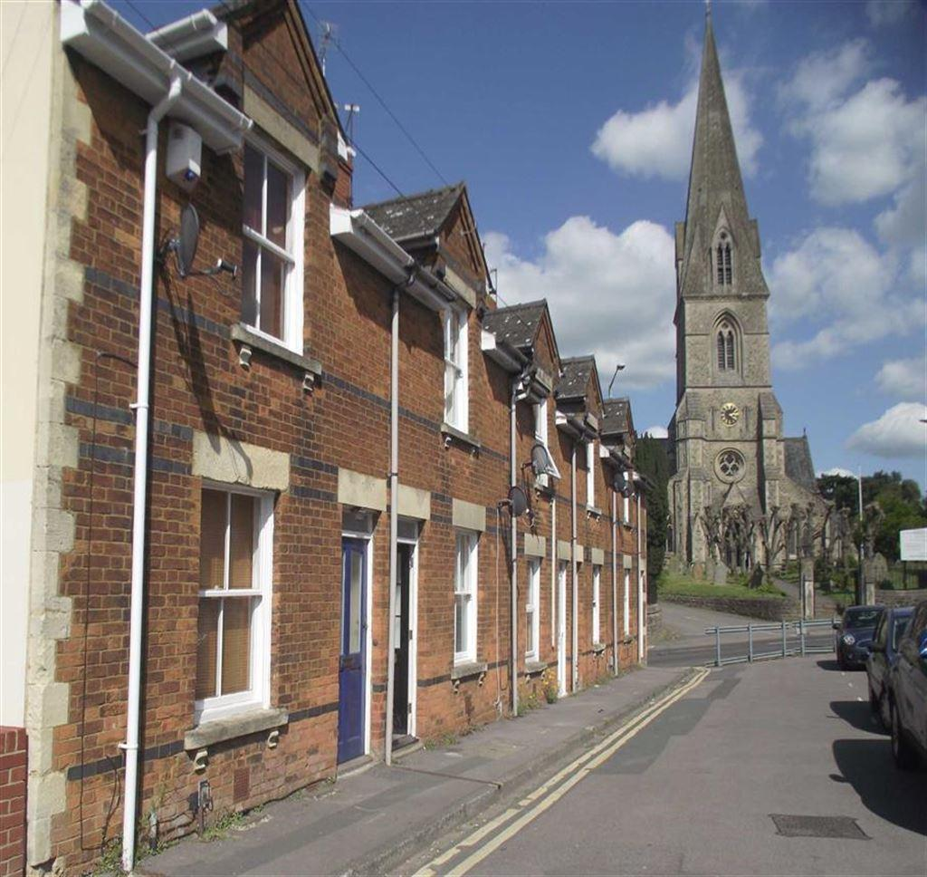 2 Bedroom Terraced House To Rent In Church Road, Swindon