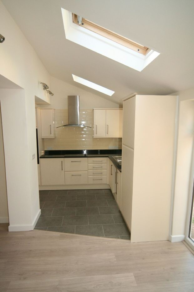 3 Bedroom Semi Detached House To Rent Rose Gardens: 3 Bedroom Semi-detached House For Sale In Dane Road, SALE, M33
