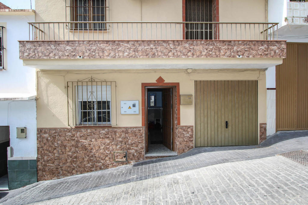 Town House for sale in Coín, Málaga, Andalusia