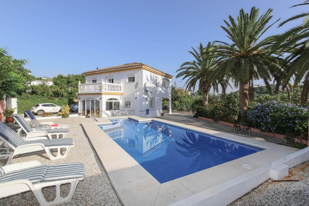 4 bed Detached house for sale in Coín, Málaga, Andalusia