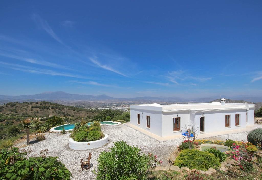 3 bed Detached property in Co�n, M�laga, Andalusia