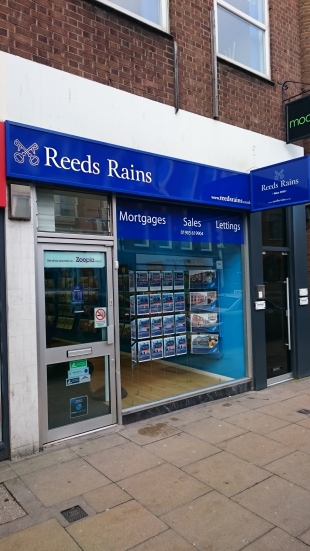 Reeds Rains, Worcesterbranch details