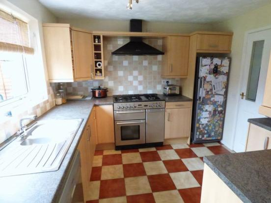 kitchen design weston super mare 4 bedroom detached house for in dame court 361