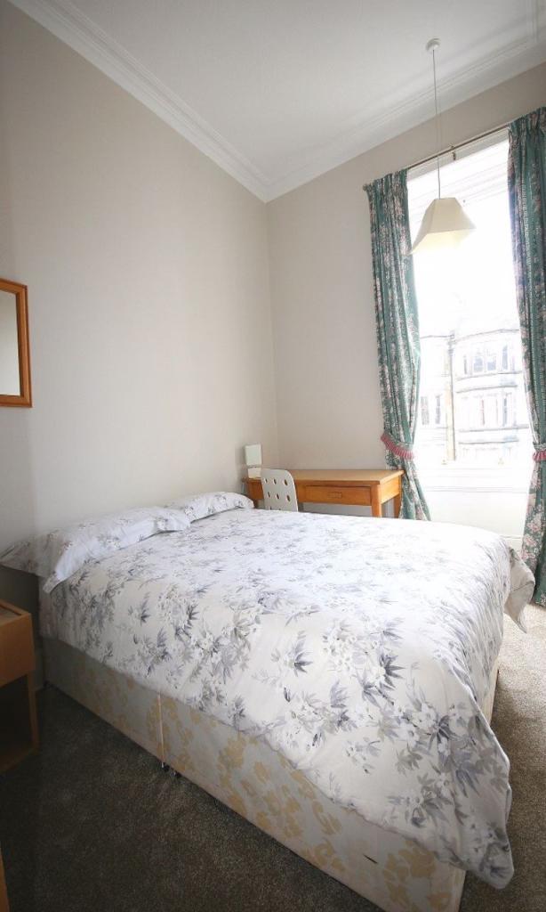 4 bedroom flat for rent in Arden Street, Edinburgh, EH9