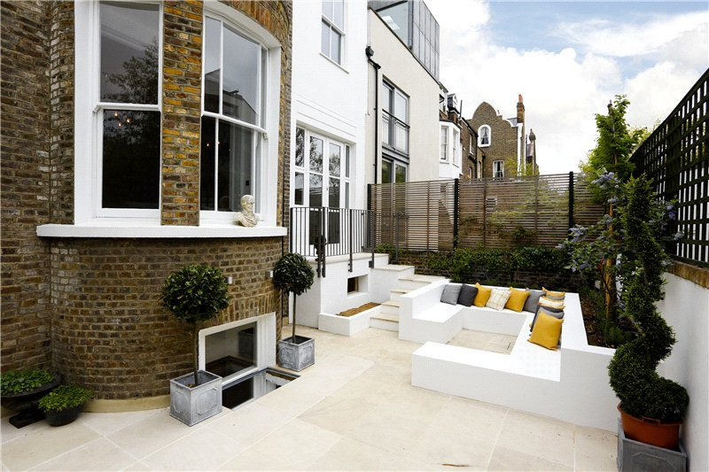 5 Bedroom Semi Detached House For Sale In Lonsdale Road