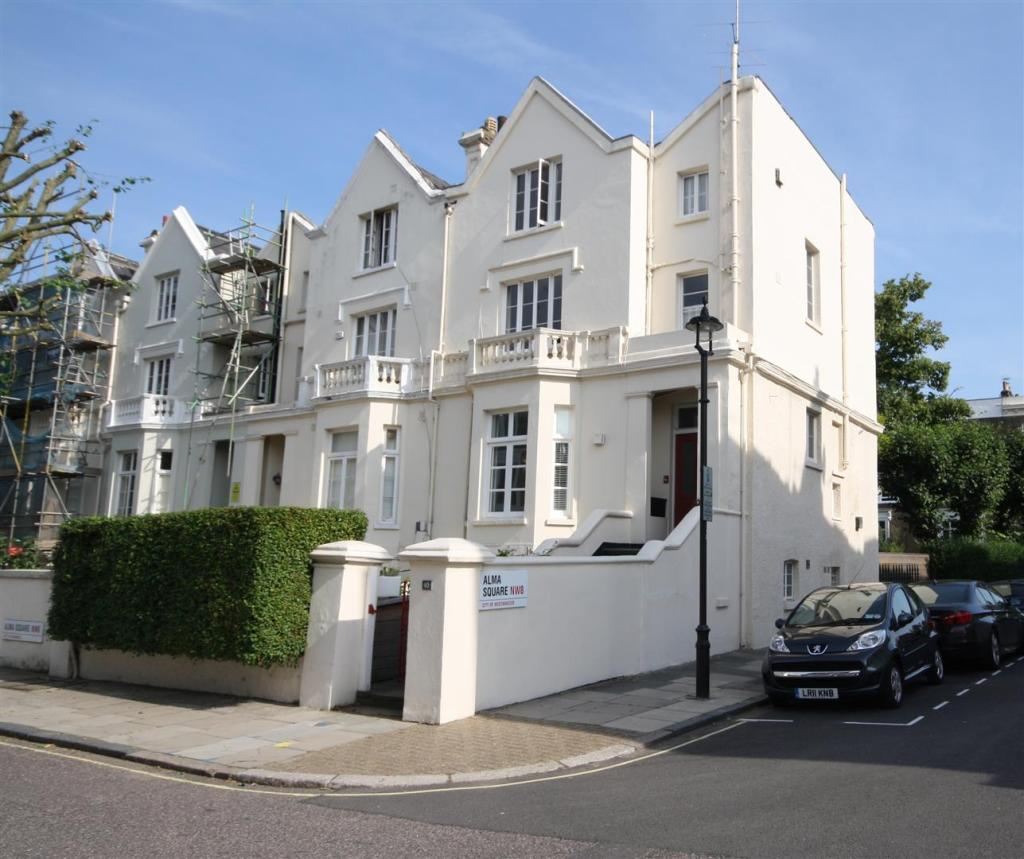 One Bedroom Apartment London Rent: 1 Bedroom Apartment To Rent In Alma Square, St Johns Wood