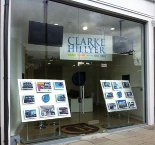 Clarke Hillyer, Loughtonbranch details