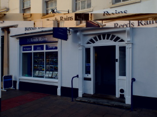 Reeds Rains Lettings, Eveshambranch details