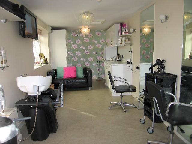 4 bedroom house for sale in gorton road willerby hu10 - How much to move a 4 bedroom house ...