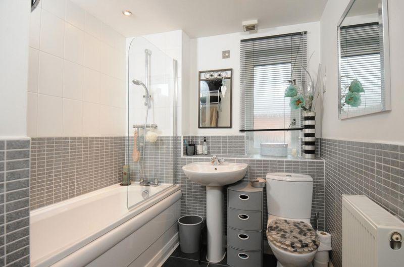 Grey Bathroom Design Ideas Photos Amp Inspiration