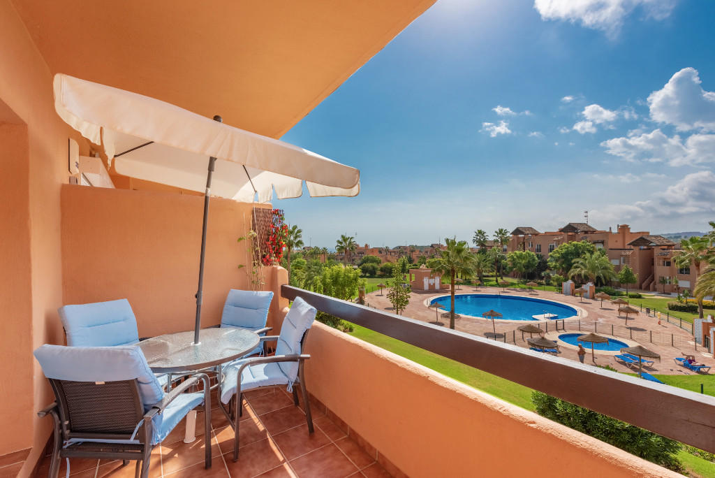2 bedroom Apartment in Casares, Málaga...