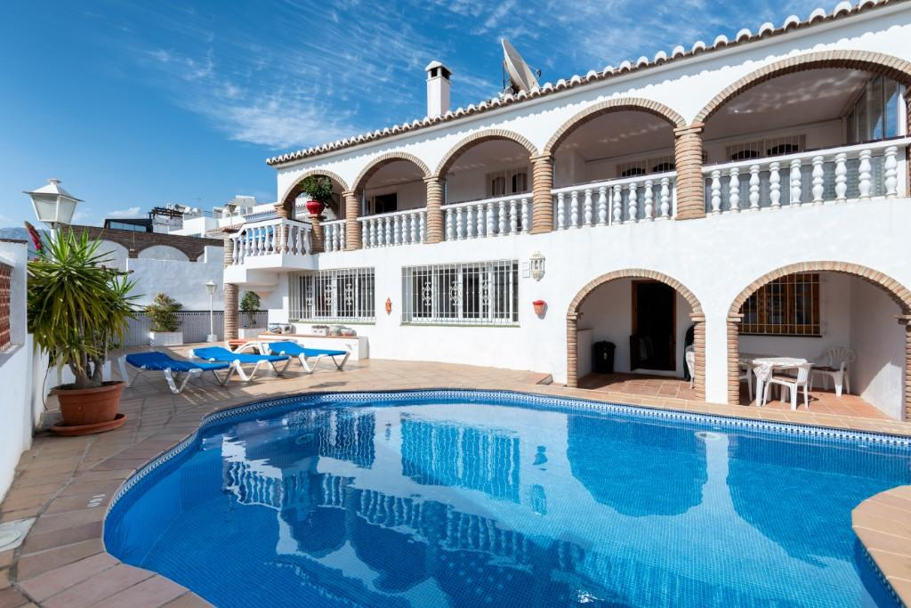 7 bed Villa for sale in Nerja, Málaga, Andalusia