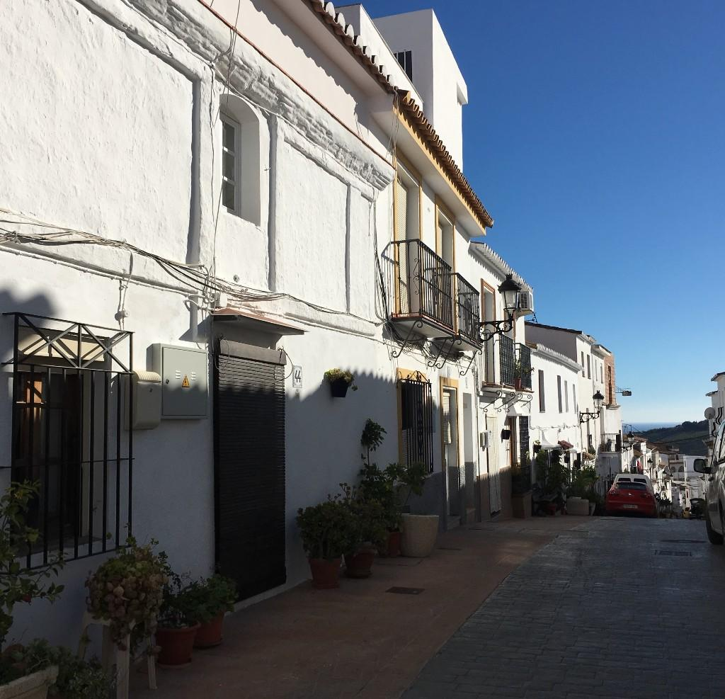 4 bed house for sale in Manilva, Málaga...