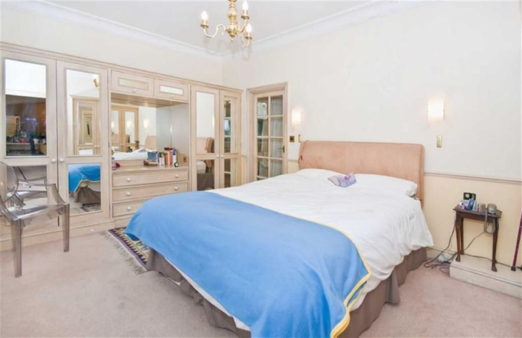 1 bedroom apartment for sale in Avenfield House, Park Lane ...