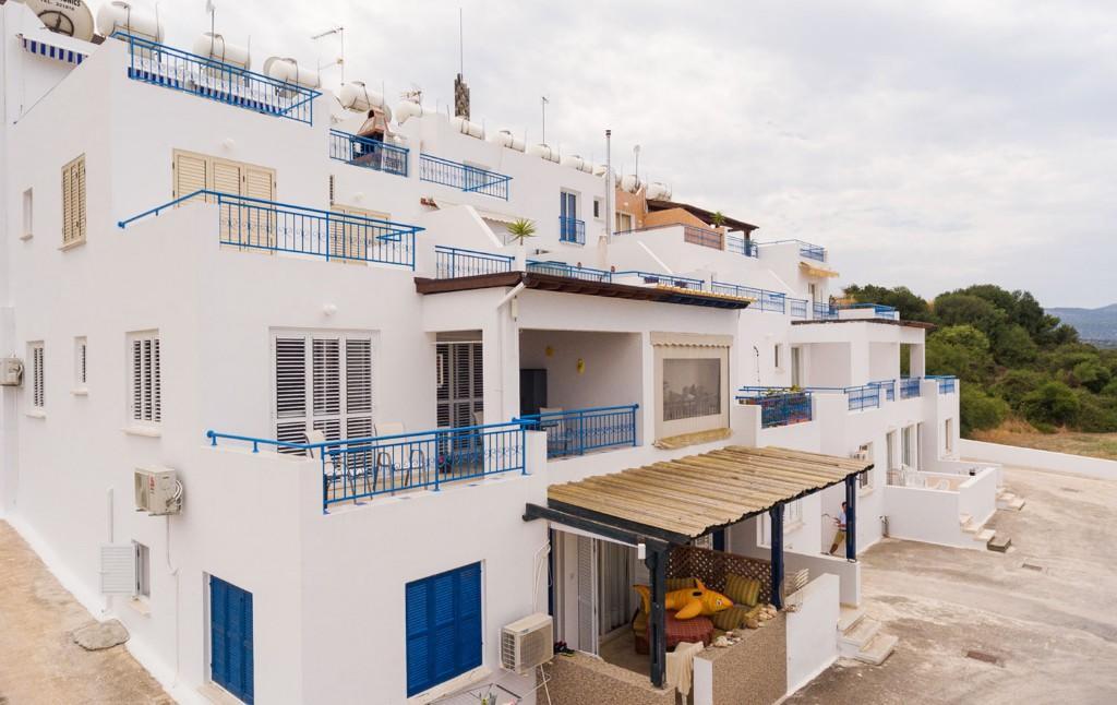 Latsi Apartment for sale