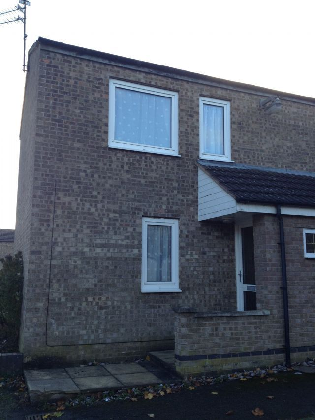 3 Bedroom Semi Detached House To Rent Rose Gardens: 3 Bedroom Semi-detached House To Rent In 3 Bed