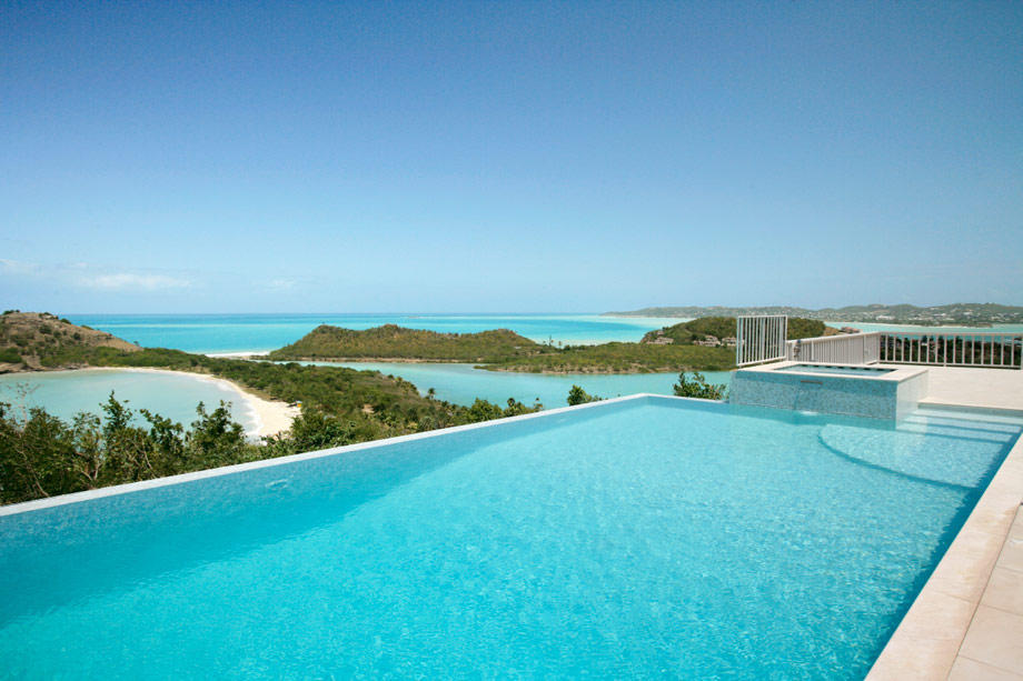 Villa for sale in Galley Bay Heights...