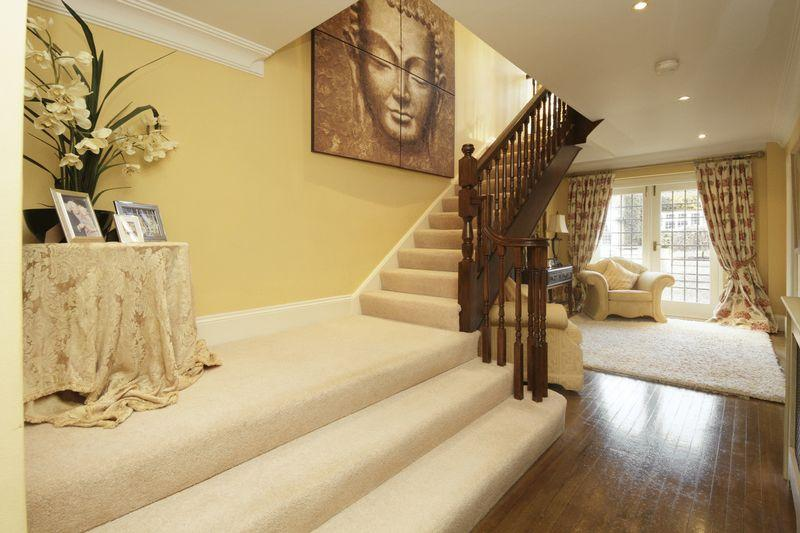 Beige staircase stairporn design ideas photos - How to wallpaper stairs and landing ...
