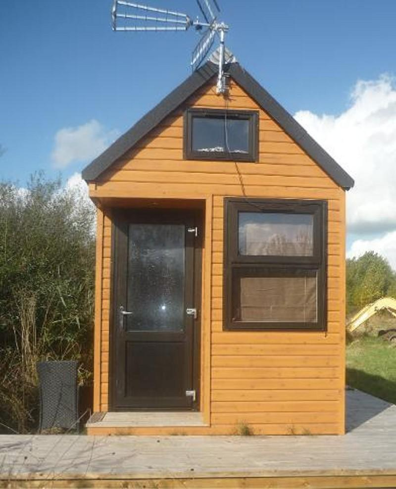 1 Bedroom Mobile Home For Sale In TIny House Frodsham