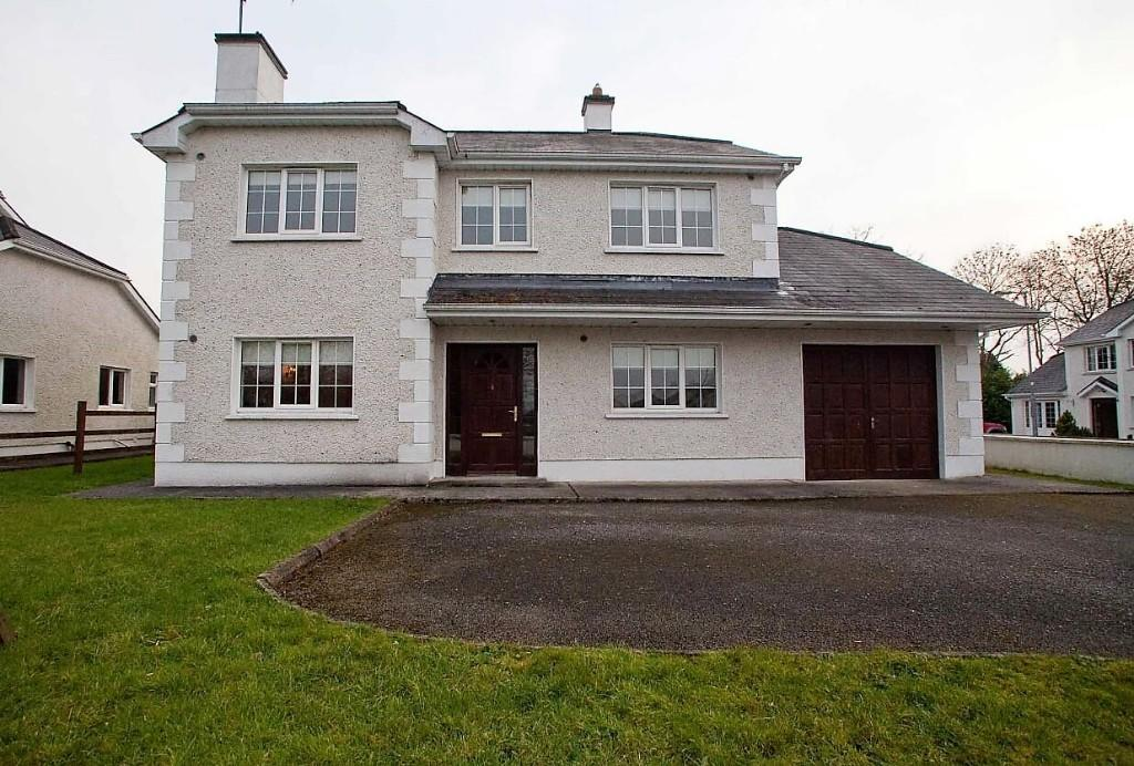 4 bed Detached home for sale in Carrick On Shannon...