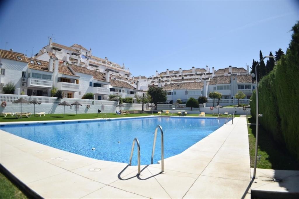 3 bedroom villa for sale in Andalucia, Malaga, Mijas Golf ...