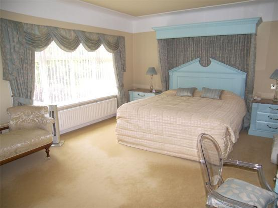 5 Bedroom Detached House For Sale In Shireburn Road
