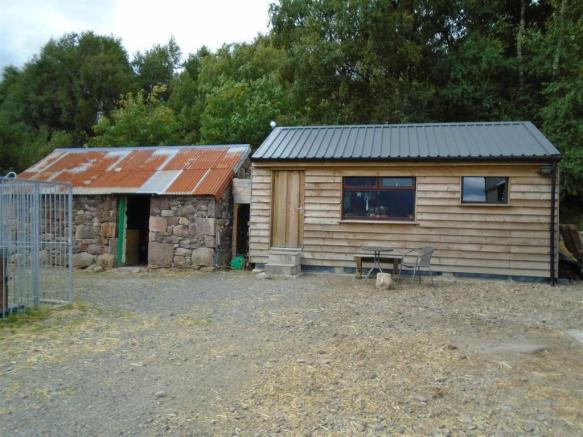 Converted byre & wood cabin