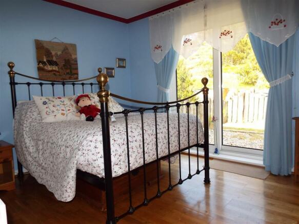 HILLCREST Bedroom 1