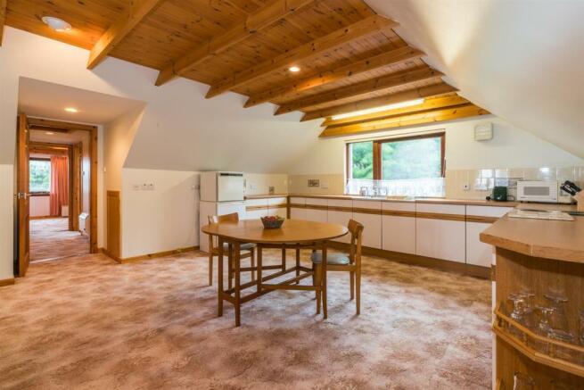 Flat dining kitchen