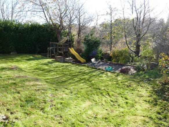 GARDEN TO THE REAR IMAGE TWO