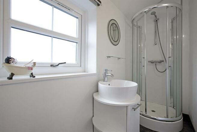 Annexe En-Suite Shower Room