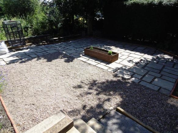 GARDEN TO THE REAR ELEVATION IMAGE TWO