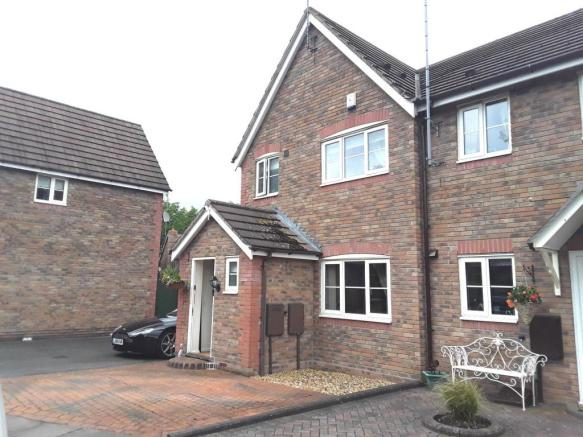 Bridgewater Road, Rugeley, Staffs WS15 1EG