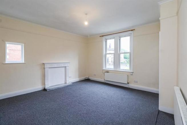 49 Co-operative Street, Living Room (31).jpg