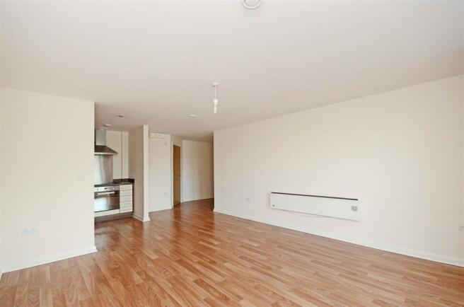 Kitchen-Living room (2).jpg