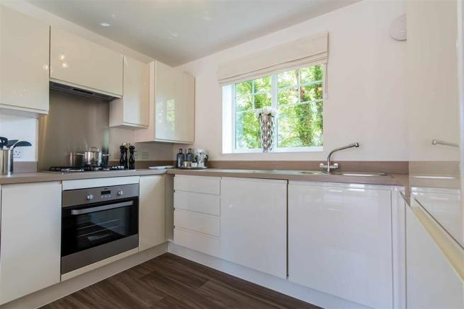 Doulton-Brook - kitchen - apartment-show-home-21