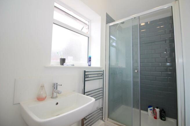 5 - 20a ML - Shower